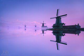 Magical morning at windmills
